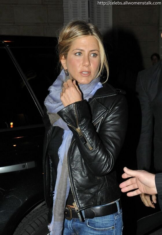 5 photos of aniston dining in leather