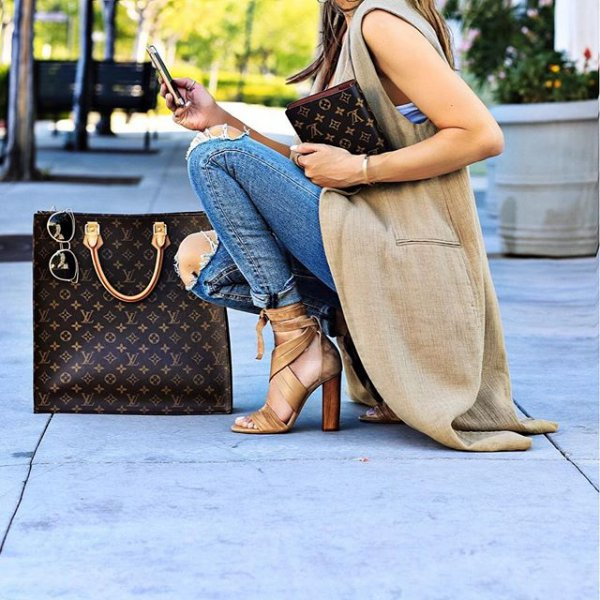 human positions, sitting, clothing, footwear, leg,