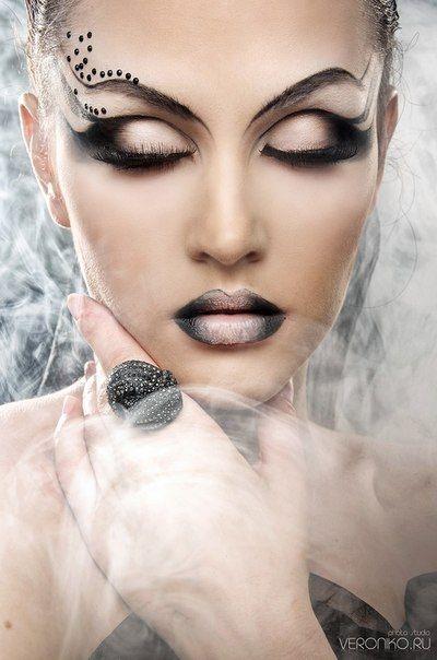 10 Pale Fantasy Beauty Or Art Stunning Avant Garde