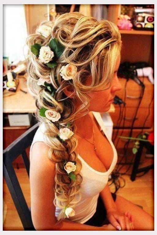hair,clothing,hairstyle,floristry,long hair,