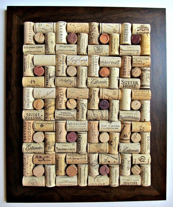 Corkboard 39 cork crafts that will make you wish you for Making a cork board from wine corks