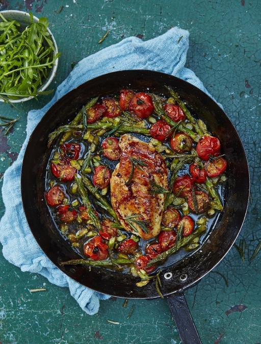 Roasted Chicken Breast with Cherry Tomatoes & Asparagus