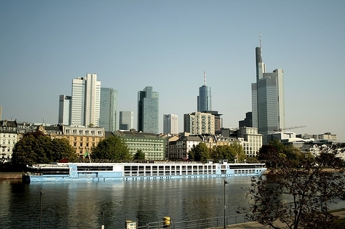 Frankfurt 10 best city skylines in the world travel for Best city skylines in the world