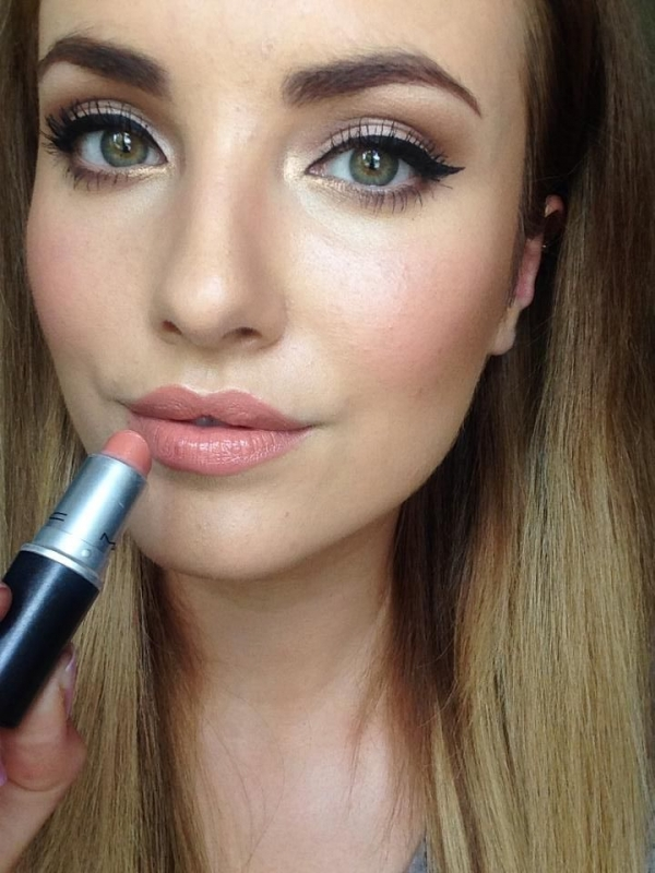 Makeup Trend: 21 Pale Pink Lips