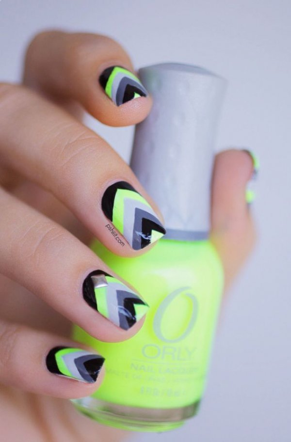 nail,color,finger,green,yellow,