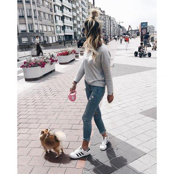 clothing, footwear, dog walking, Ill,