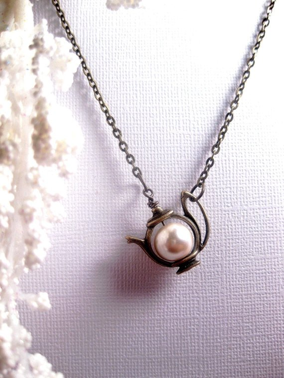 Pearl Teapot Necklace