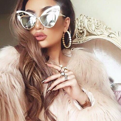 eyewear, hair, sunglasses, glasses, clothing,
