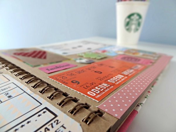Creative Ways To Display Quotes: 7 Cute Ways To Display Old Concert Tickets ... DIY