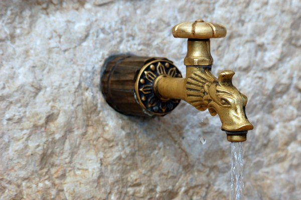 Is It Safe To Drink Tap Water In Barcelona