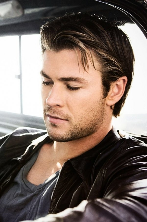 Chris Hemsworth - 7 Male Celebrities with Great Hair  …