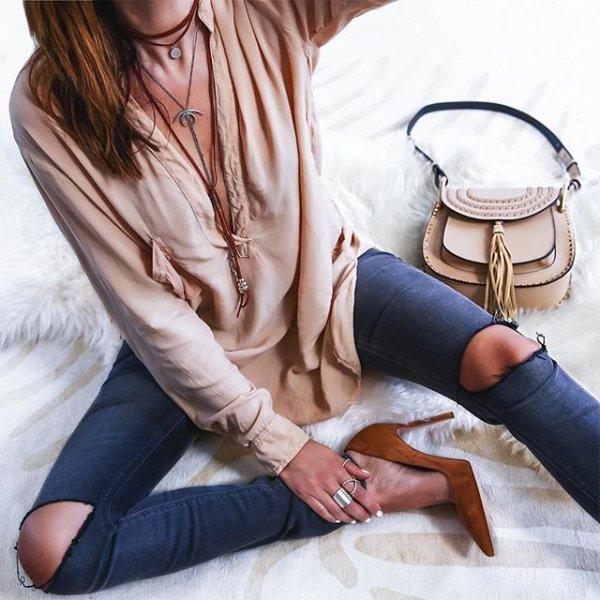 clothing, footwear, leg, handbag, fashion accessory,