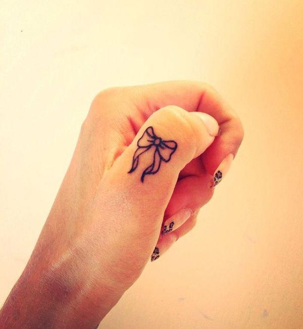 finger,hand,nail,arm,leg,