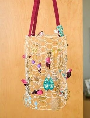 Upcycled Chicken Wire 42 DIY Jewelry Organizers to Get Busy