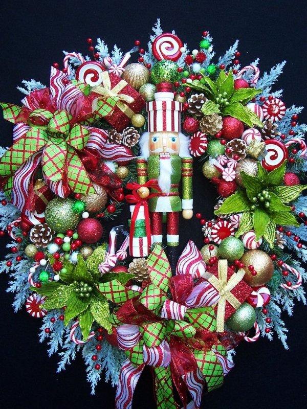 Nutcracker Wreath 25 Festive Nutcrackers To Enjoy This