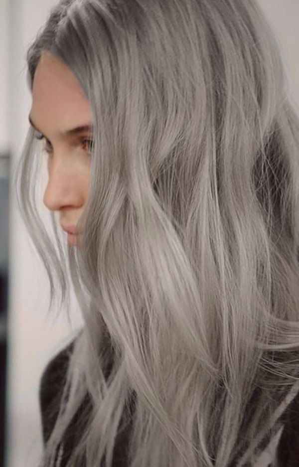 Couleur de cheveux silver