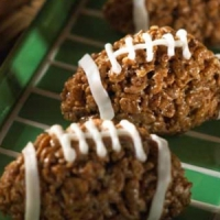 7 Fun Snacks for Your Football Party ...