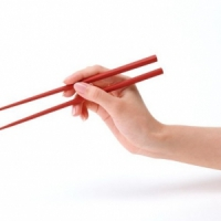 7 Easy Steps to Using Chopsticks ...