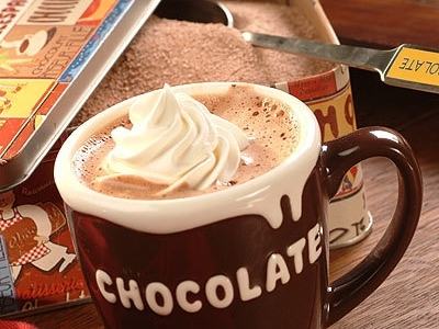 10 Quick Ways to Jazz up Hot Chocolate ...