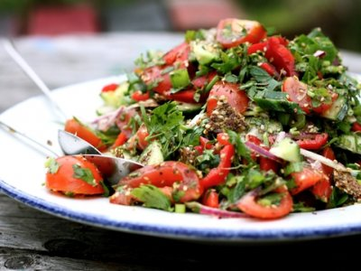 10 Healthy Salads For A Successful Weight Loss Diet