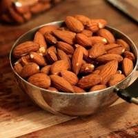 9 Reasons to Go Nuts over Almonds While on a Diet ...