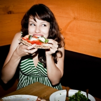 Here's How to Eat Pizza without Wrecking Your Waistline ...