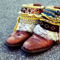 9 Beautiful DIY Boots ...