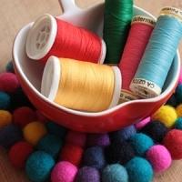 8 Fantastic Felt Ball Craft Projects