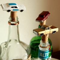 DIY Bottle Stoppers for All Kinds of Party Hosts and Parties ...