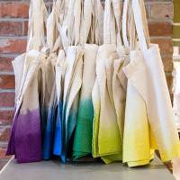 Dipping Bags and Purses in Dye Will Give You These 7 Fabulous DIYs ...
