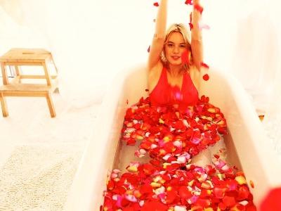 7 Bath Salts to Make Yourself ...
