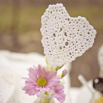 You'll Be Charmed when You See What You Can Make with Doilies ...