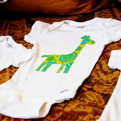 8 Incredibly Cute DIY Baby Onesie Designs That You Can Print Yourself ...