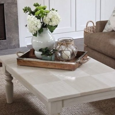 53 Coffee Table Decor Ideas That Don't Require a Home Stylist ...