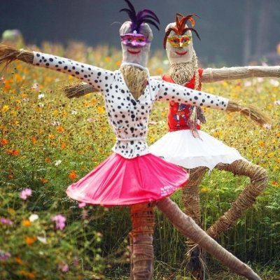 31 Cute Homemade Scarecrows for Fall ...