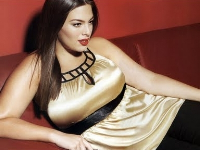 23 Fashion Tips for Women with Large Breasts ...