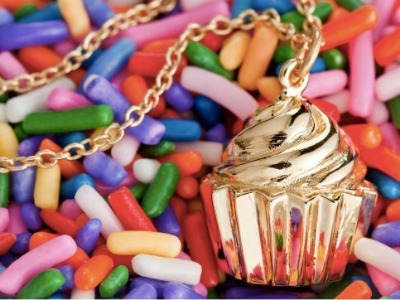 7 Delicious Looking Food-Inspired Fashion Accessories That'll Make You Drool...