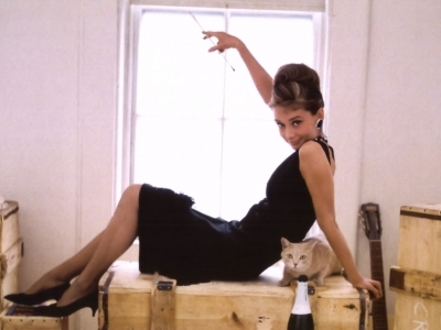9 Stunning Fashion-Forward Trends from Classic Films ...