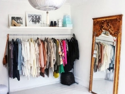 7 Signs It's Time to Get Rid of Old Clothes ...