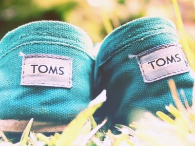 9 Tom's Shoes Products I Am Currently Obsessed with ...