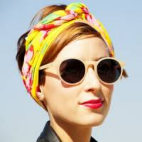 7 Awesome Things to do with a Scarf ...
