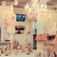 8 Fabulous Tips for Successful Vintage Shopping ...