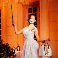 8 Tips on How to Dress like Dita Von Teese ...
