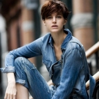 7 Fabulous Ways to Wear a Denim Jacket...