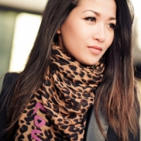 7 Uses for a Scarf That Make It the Must-Have Accessory for Fall ...