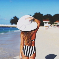 Check out These Fun Ways to Accessorize Your Bikini ...