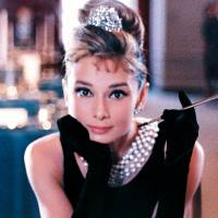 Look like a Lady: 7 Styles to Steal from the Flawless Audrey Hepburn ...