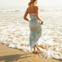 Style Inspiration for the Perfect Day at the Beach ...