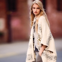Look Chic the Next Time You Rock a Poncho ...