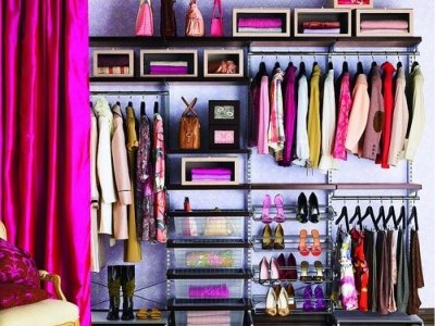 7 Clothing Items Every Teen Should Have in Her Closet ...